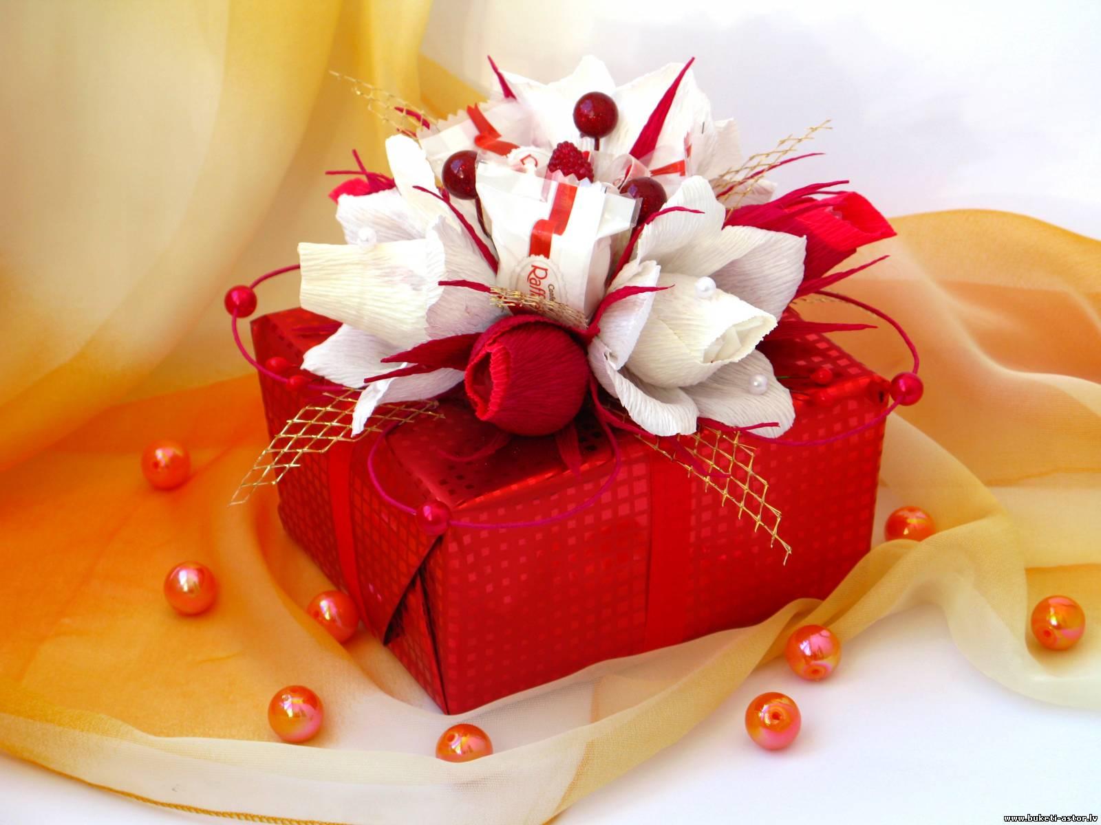 Оформление подарков для женщин фото